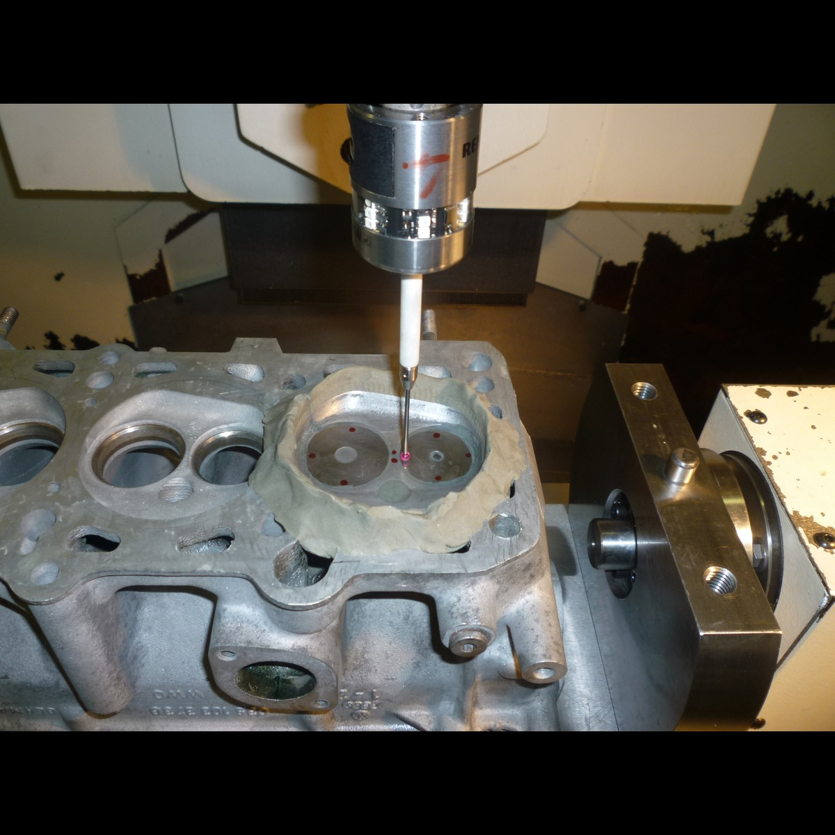 CNC porting machine | Cazzaniga RM - Pure grinding engine